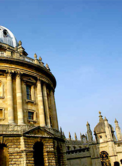 Intermediate Macromedia Dreamweaver MX Training Course training course in Oxford - Radcliffe Camera